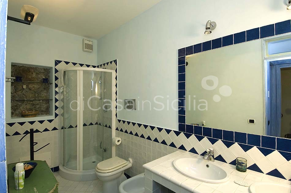 Arte Mare & Blu Apartment by the Sea for rent in Cefalù Sicily - 19