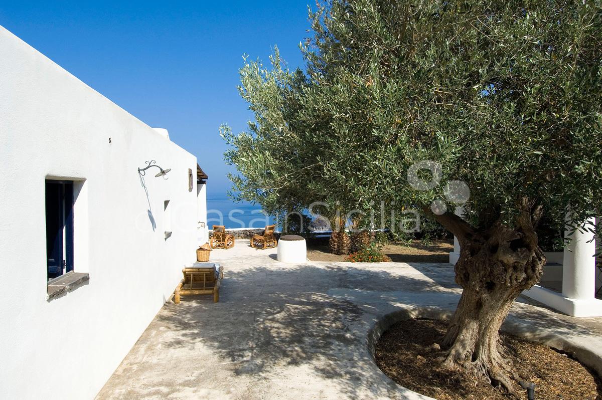 L'Ulivo di Pollara Seafront Sicily Villa Rental Salina Aeolian Islands - 8