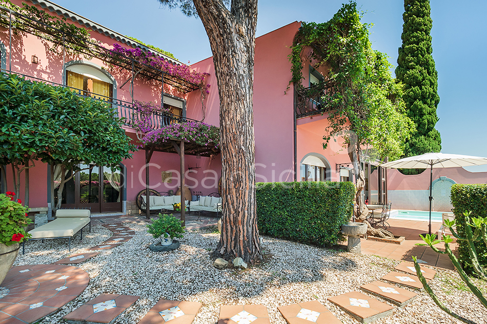 La Boheme Luxury Villa with Pool for rent in Taormina Sicily - 19