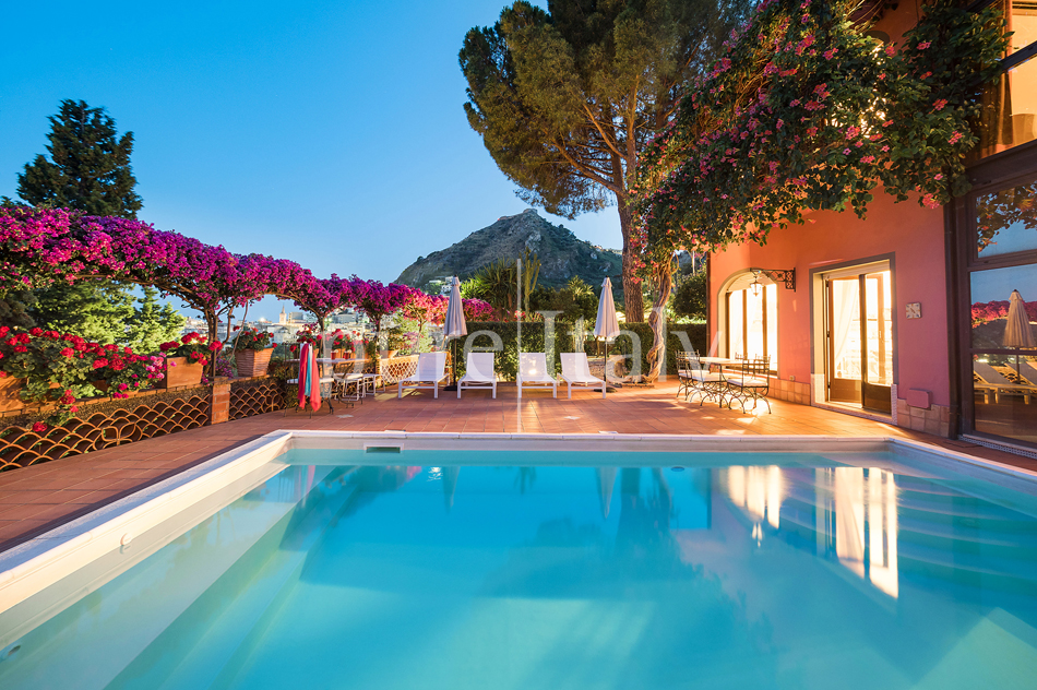 Luxury Villas with private pool, Taormina   Pure Italy - 12