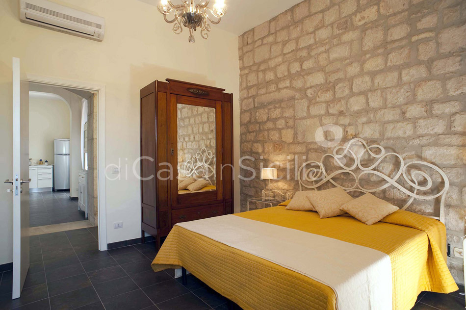 Baglio Amore Villa with Pool for rent in the Countryside Modica Sicily - 33