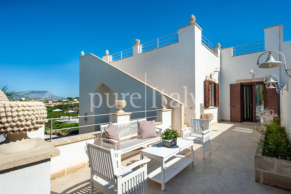 Seaside villas with pool and wellness area, Trapani | Pure Italy - 18