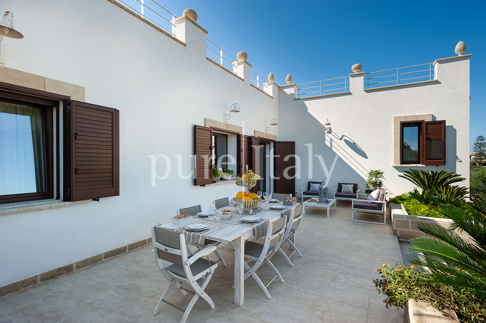 Seaside villas with pool and wellness area, Trapani | Pure Italy - 21
