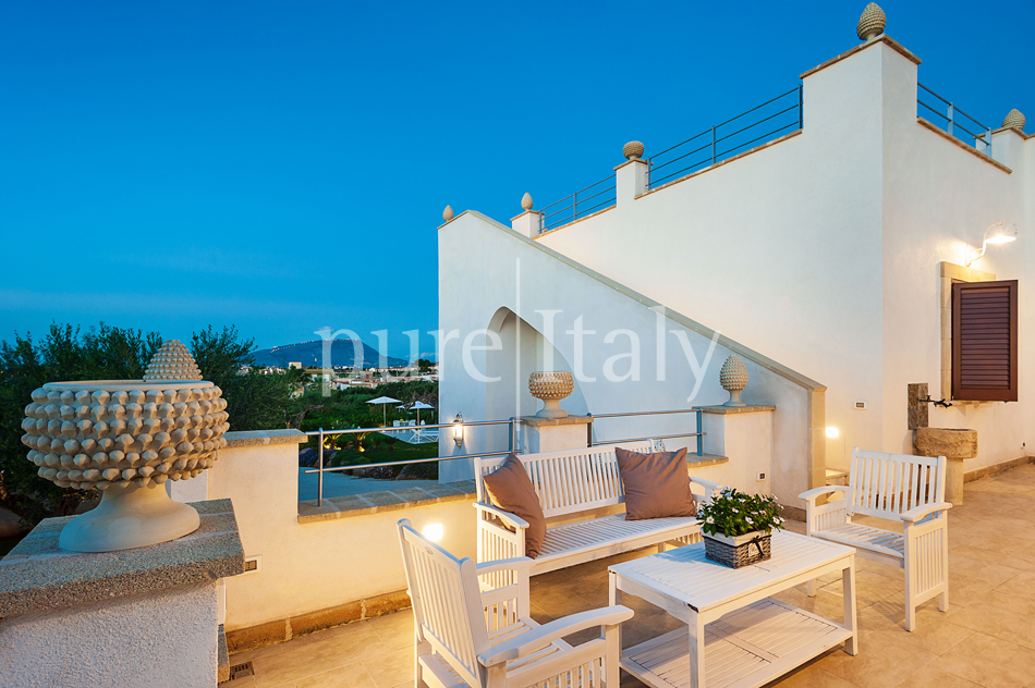 Seaside villas with pool and wellness area, Trapani | Pure Italy - 24