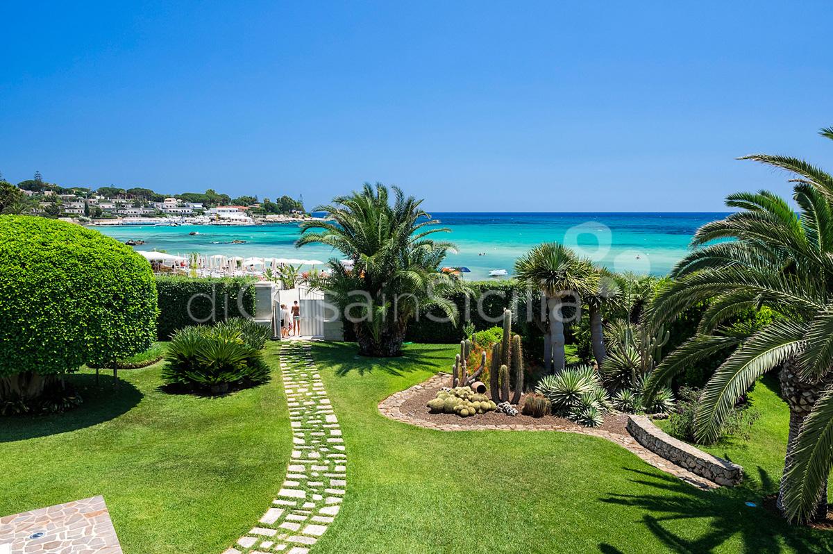 La Plage Sicily Beach Villa for rent in Fontane Bianche Sicily - 5