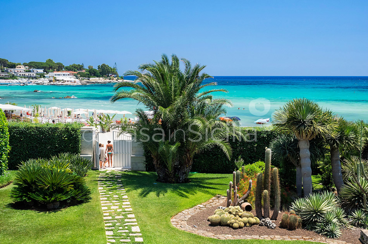 La Plage Sicily Beach Villa for rent in Fontane Bianche Sicily - 6