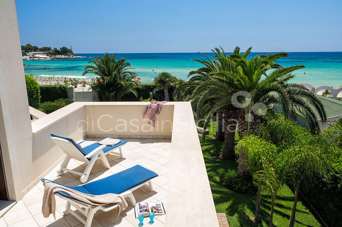 La Plage Sicily Beach Villa for rent in Fontane Bianche Sicily - 10