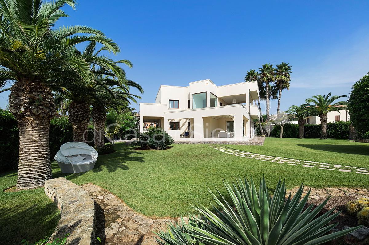 La Plage Sicily Beach Villa for rent in Fontane Bianche Sicily - 12