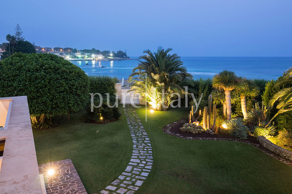 Beachside Villas near Siracusa, South-east Sicily | Pure Italy - 47