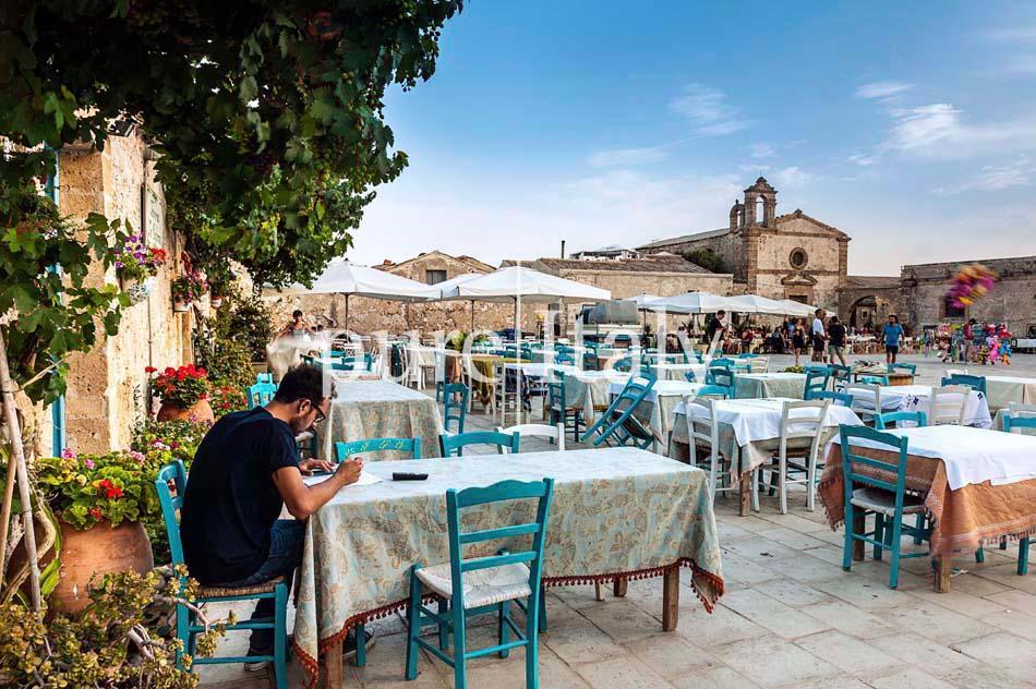 Beachside Villas near Siracusa, South-east Sicily | Pure Italy - 52