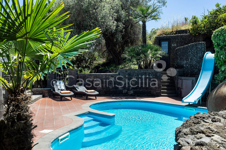 La Timpa Seafront Villa with Pool for rent near Acireale Sicily - 8