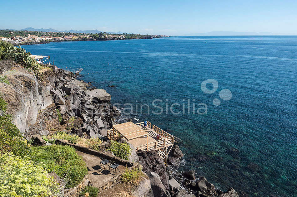 La Timpa Seafront Villa with Pool for rent near Acireale Sicily - 44