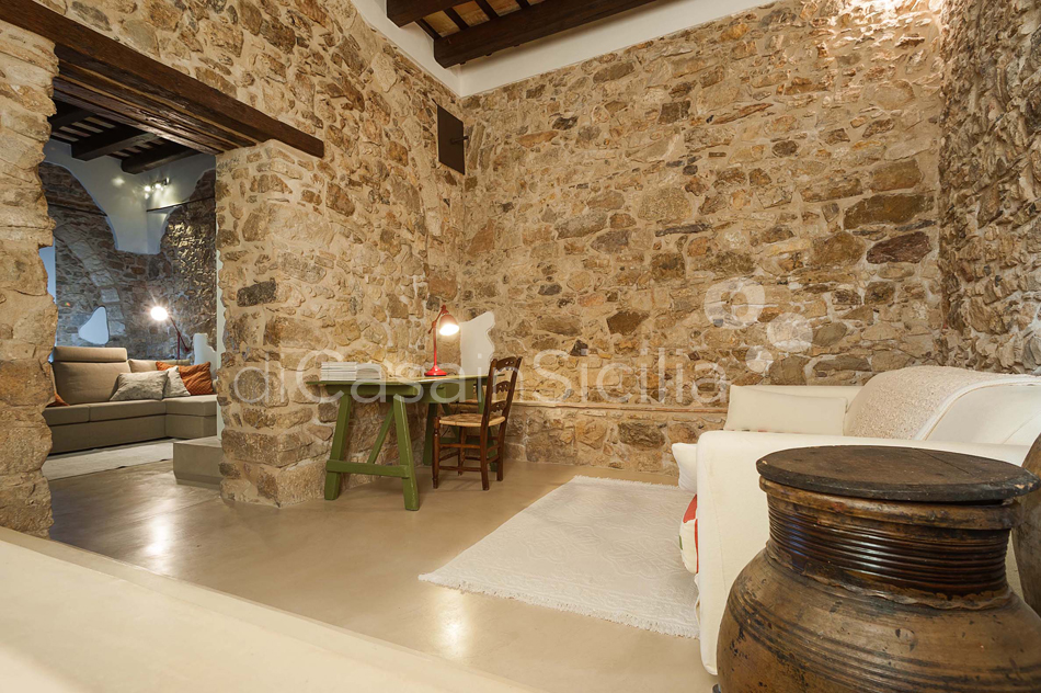 Baglio Maranzano Marietta House with Pool for rent Trapani Sicily - 23