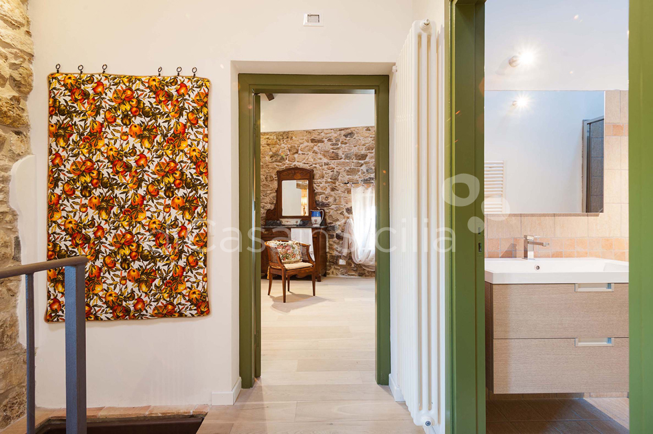 Baglio Maranzano Marietta House with Pool for rent Trapani Sicily - 32