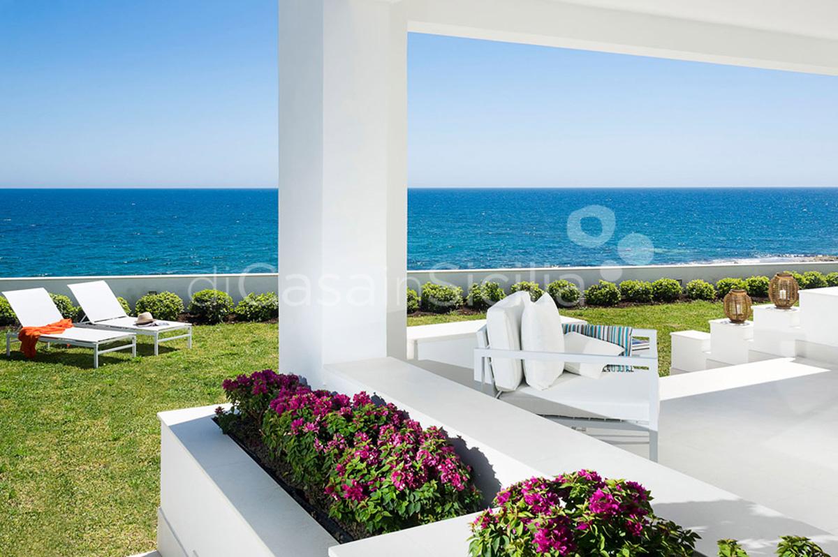 Marisol Villa direkt am Meer mit Whirlpool zur Miete in Fontane Bianche Sizilien - 11