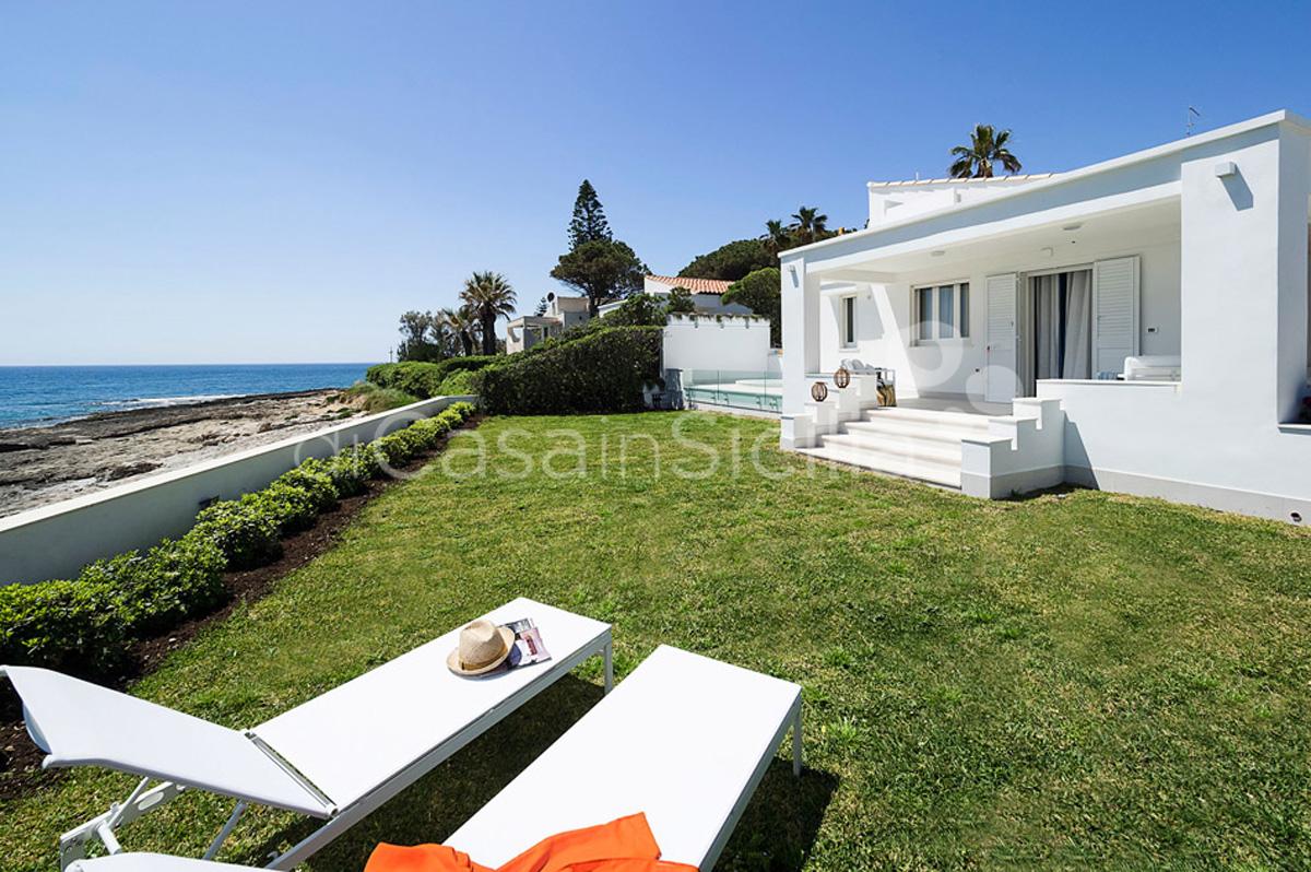 Marisol Villa direkt am Meer mit Whirlpool zur Miete in Fontane Bianche Sizilien - 14