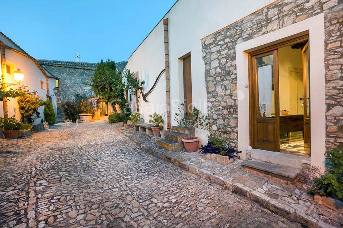 Vacanze in un Baglio, Sicilia Occidentale | Di Casa in Sicilia - 12