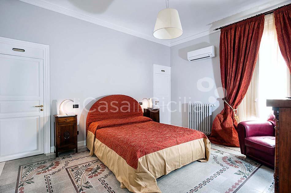 Glam Apartments in Trapani, west of Sicily | Di Casa in Sicilia - 5