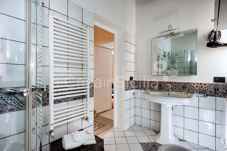 Glam Apartments in Trapani, west of Sicily | Di Casa in Sicilia - 8