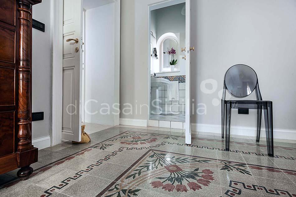 Glam Apartments in Trapani, west of Sicily | Di Casa in Sicilia - 9