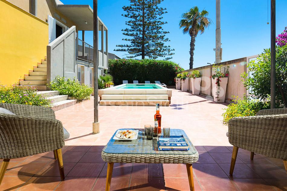 Baia Chiara Seafront Villa Rental with Pool Modica Sicily - 7