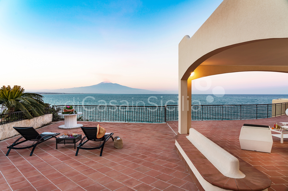 Baia del Riccio Seafront Sicily Villa Rental with Pool in Augusta - 21