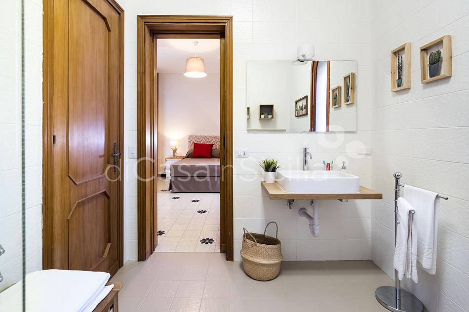 Seafront villas in Noto Valley, South-East | Di Casa in Sicilia - 43