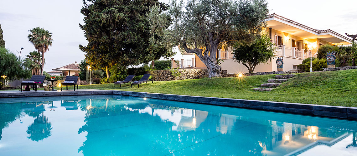 Profumo d'Oriente Country Villa with Pool for rent Syracuse Sicily - 3