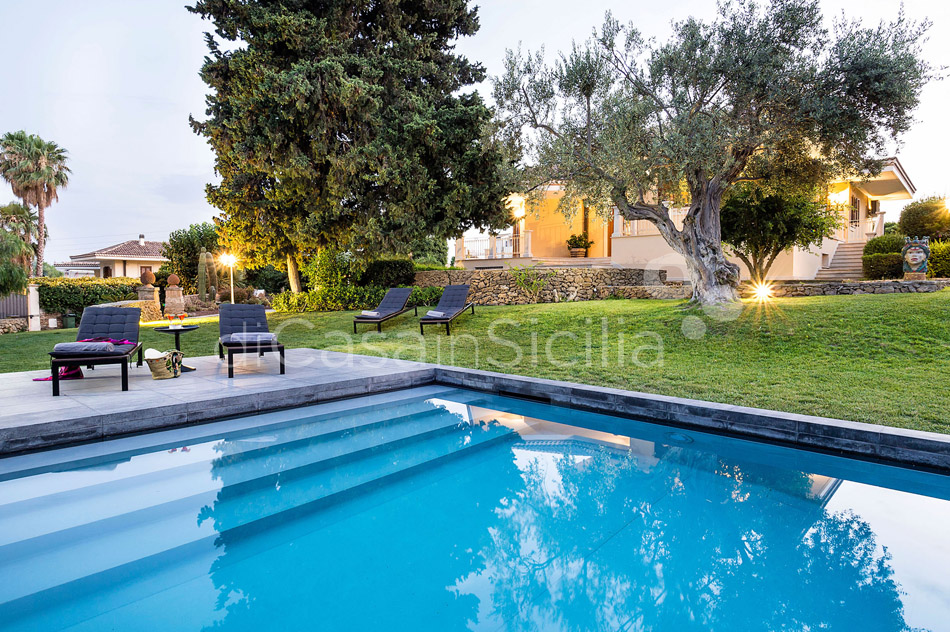 Profumo d'Oriente Country Villa with Pool for rent Syracuse Sicily - 7