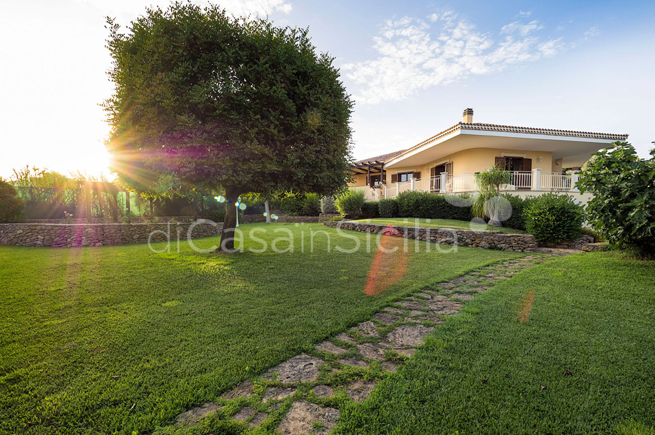 Profumo d'Oriente Country Villa with Pool for rent Syracuse Sicily - 13