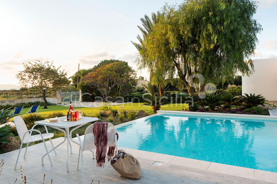 Salinella Seafront Villa with Pool for rent near Trapani Sicily - 13