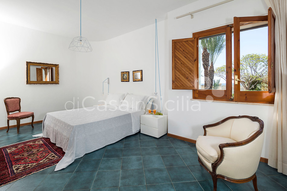 Salinella Seafront Villa with Pool for rent near Trapani Sicily - 48