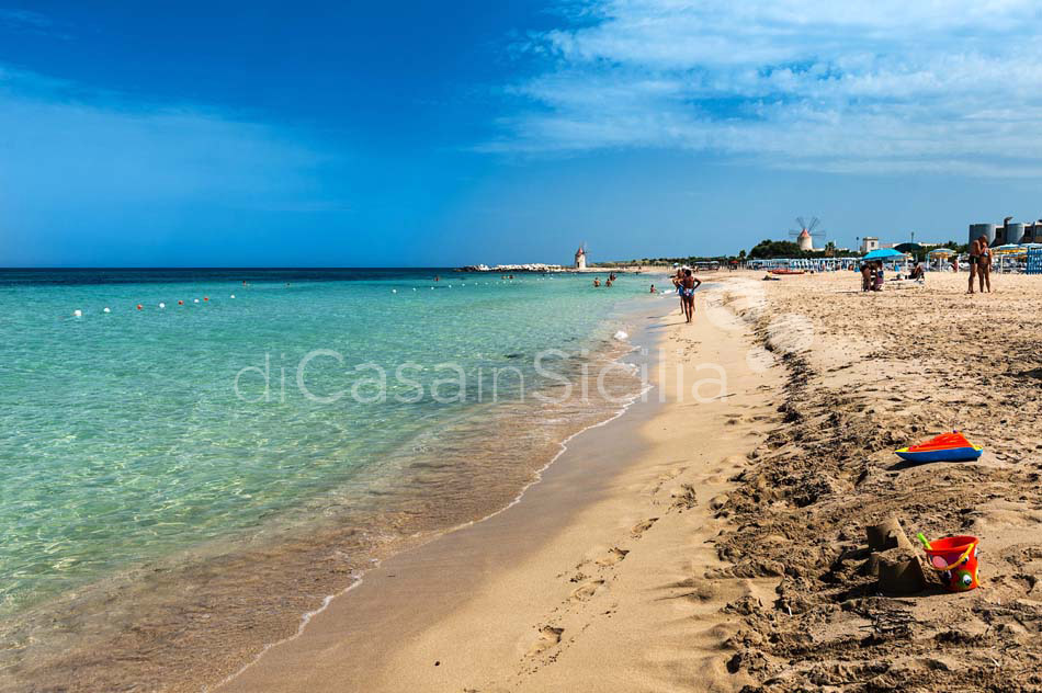 Salinella Seafront Villa with Pool for rent near Trapani Sicily - 59