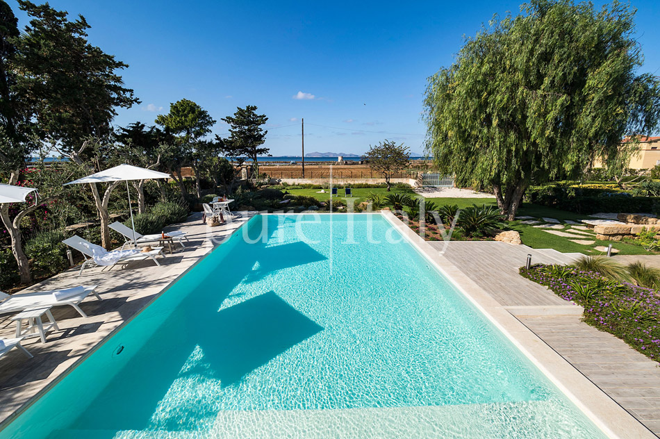 Seaside Villa with pool, west coast, salt pans in Sicily| Pure Italy - 5