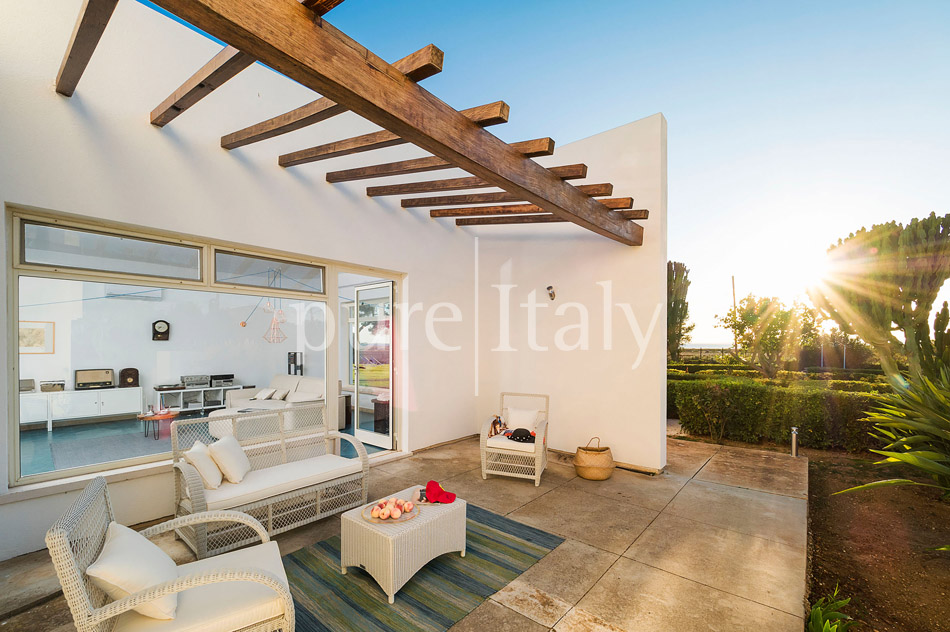 Seaside Villa with pool, west coast, salt pans in Sicily| Pure Italy - 22