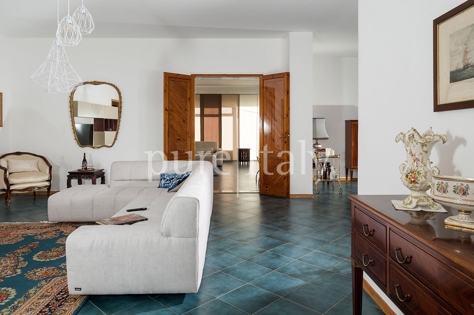 Seaside Villa with pool, west coast, salt pans in Sicily| Pure Italy - 26