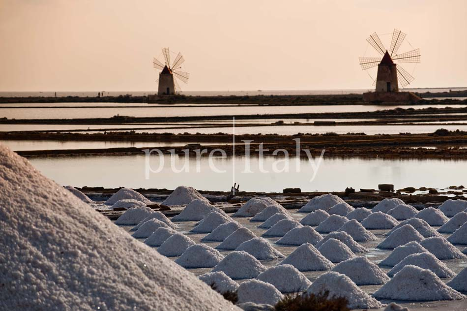 Seaside Villa with pool, west coast, salt pans in Sicily| Pure Italy - 58