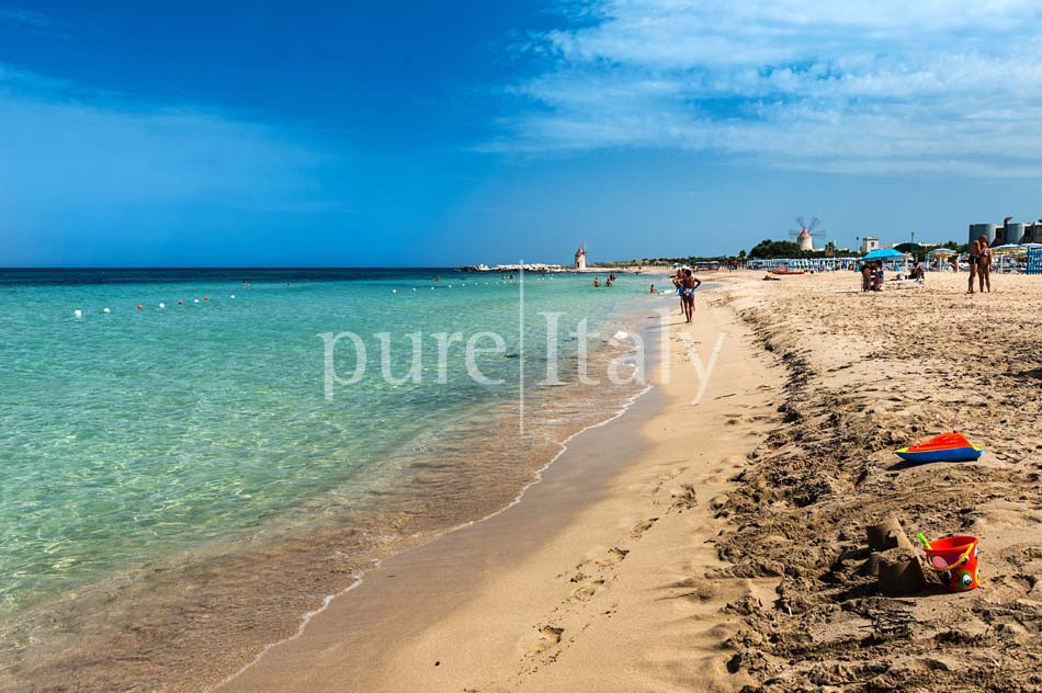 Seaside Villa with pool, west coast, salt pans in Sicily| Pure Italy - 59