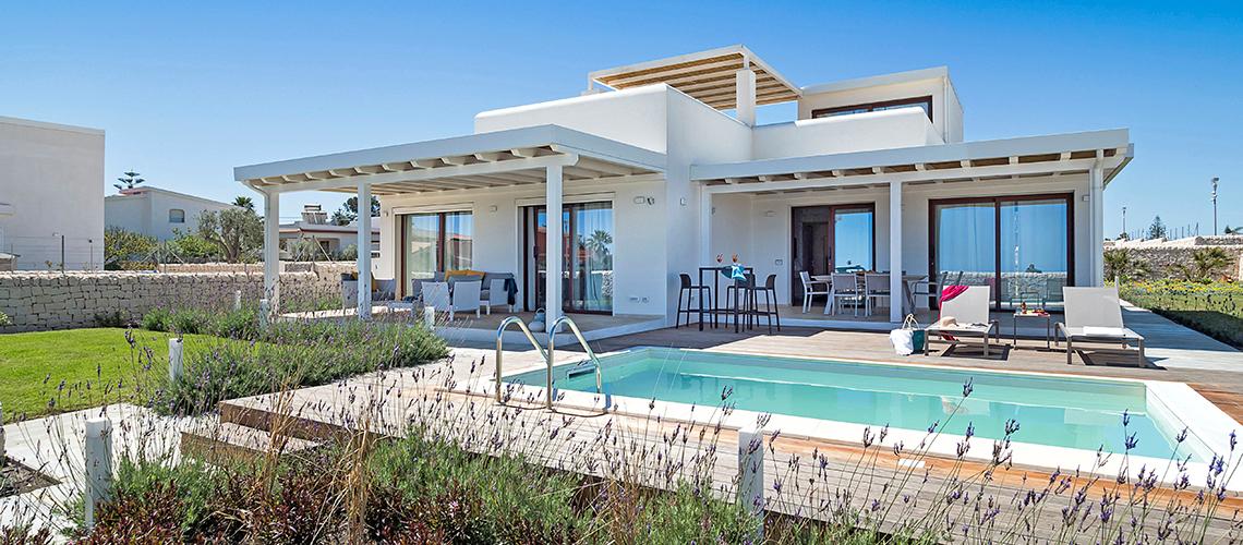 Schicke Strandvillen mit Pool bei Syrakus | Di Casa in Sicilia - 0