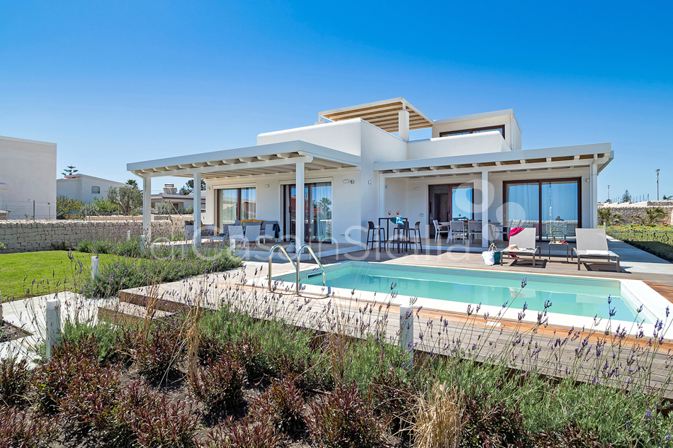 Beach villa with pool for rent in Marzamemi near Syracuse Sicily - 10