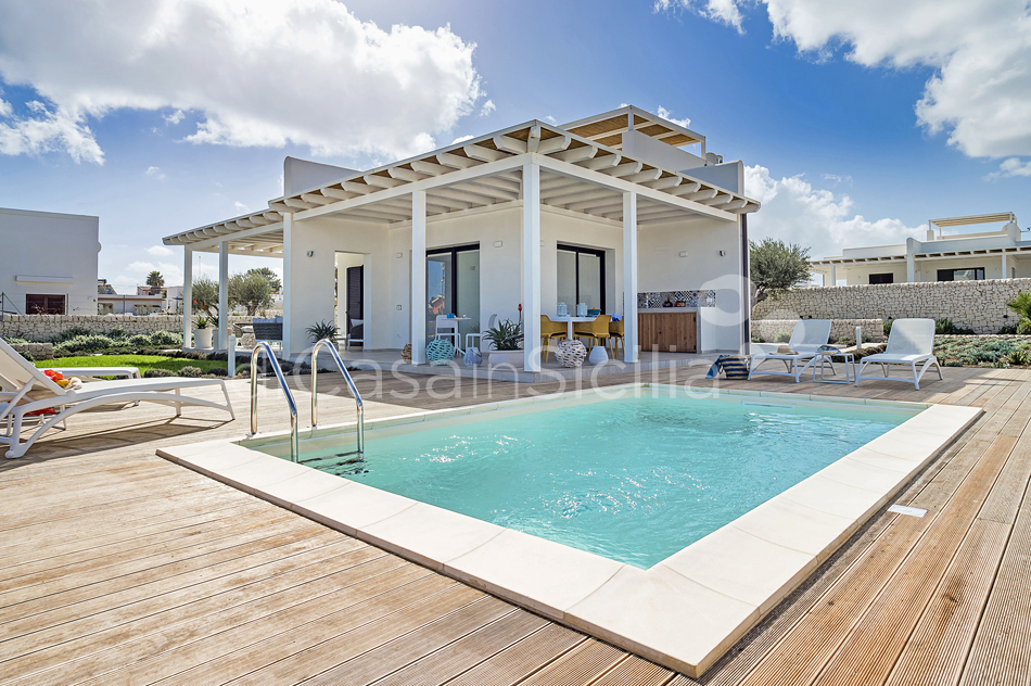Seafront villas with pool near Syracuse | Di Casa in Sicilia - 8