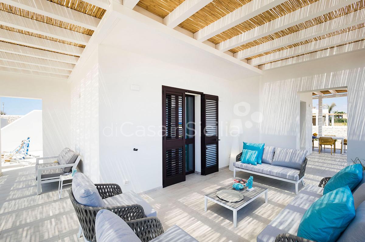 Ville con piscina fronte mare a Marzamemi | Di Casa in Sicilia - 17