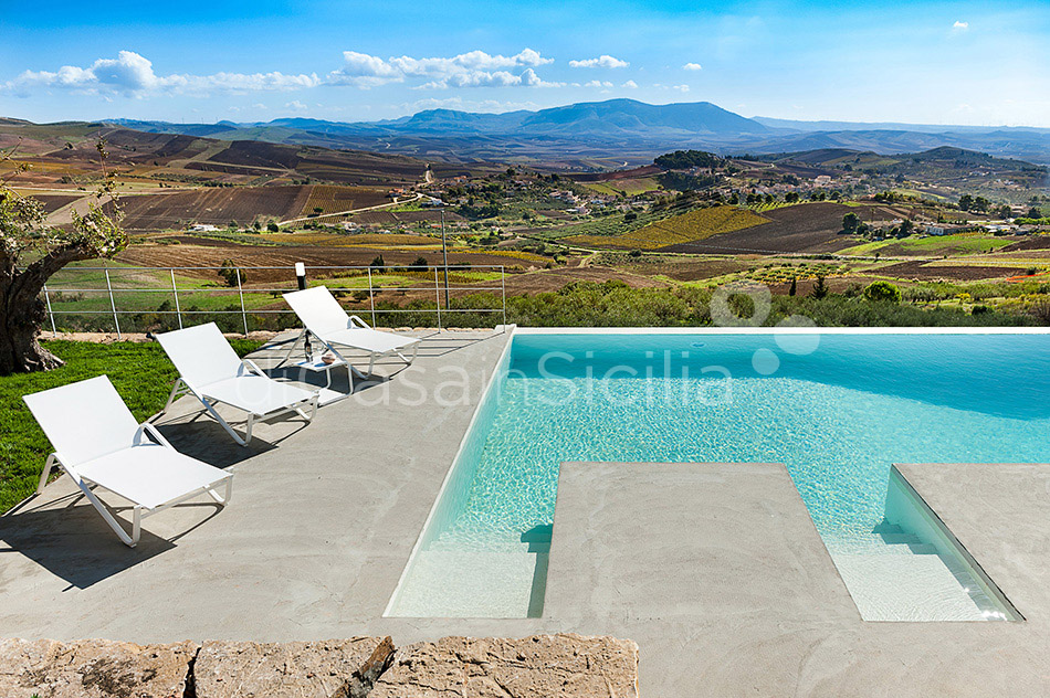Tangi Luxury Country Villa with Infinity Pool for rent Trapani Sicily - 1