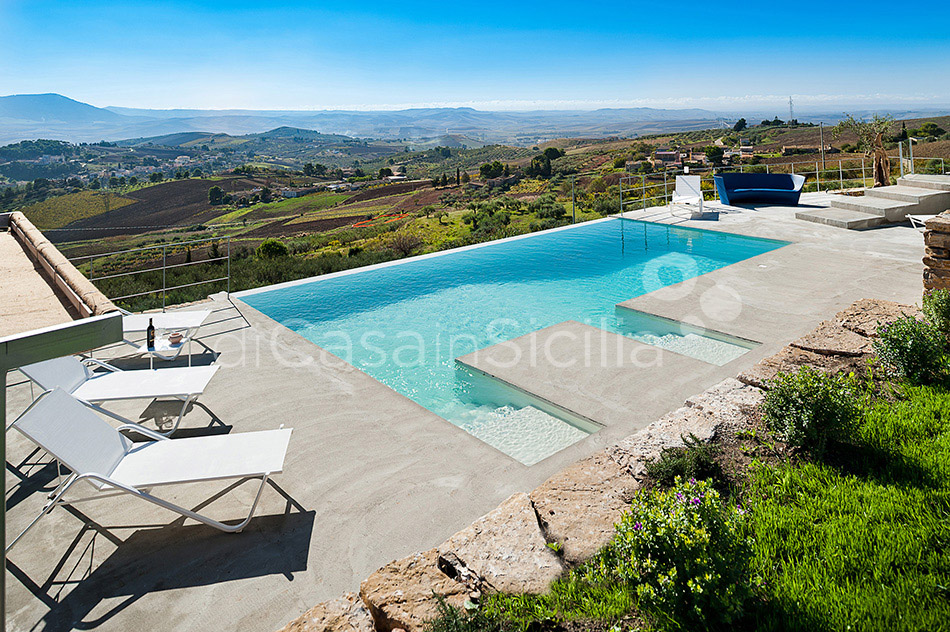 Tangi Luxury Country Villa with Infinity Pool for rent Trapani Sicily - 2