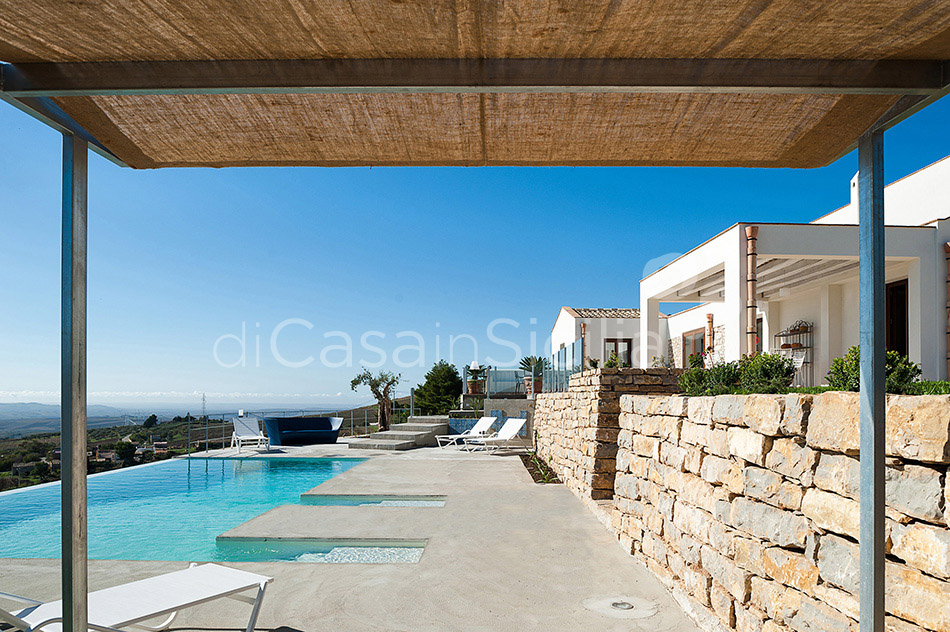 Tangi Luxury Country Villa with Infinity Pool for rent Trapani Sicily - 3