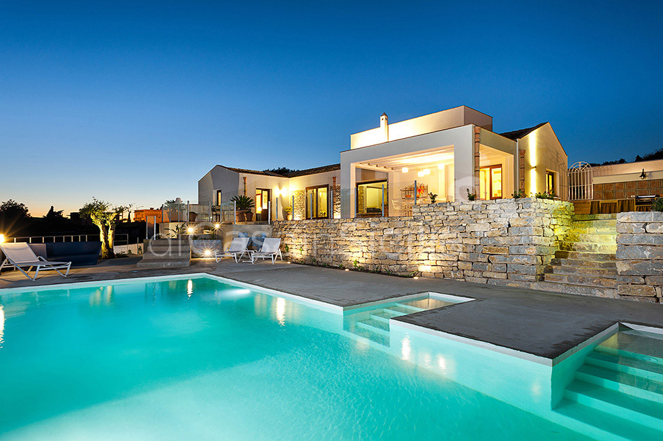 Tangi Luxury Country Villa with Infinity Pool for rent Trapani Sicily - 14