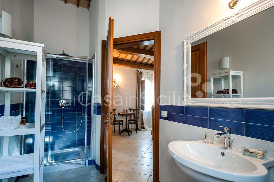 Tangi Luxury Country Villa with Infinity Pool for rent Trapani Sicily - 28