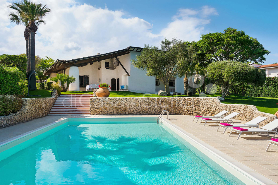 Blue Moon Sicily Luxury Sea Villa with Pool for rent Fontane Bianche - 10