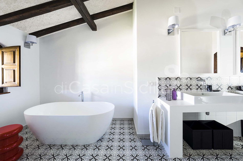 Blue Moon Sicily Luxury Sea Villa with Pool for rent Fontane Bianche - 41