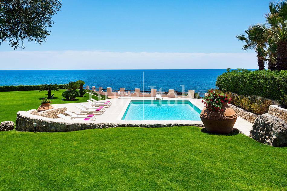 Seafront Family friendly villas near Syracuse | Pure Italy - 9